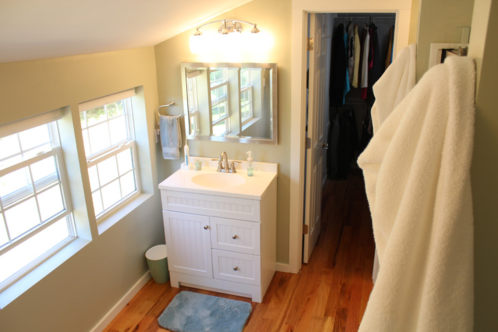 Fully functional accessory dwelling unit bathroom